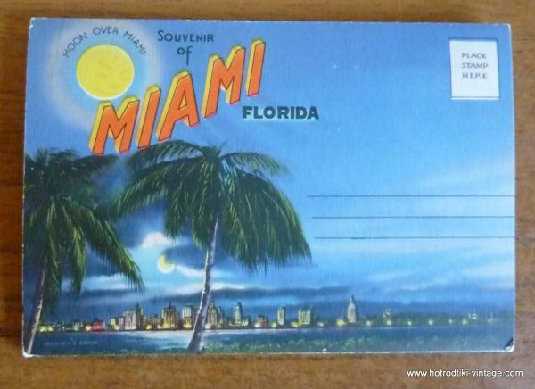 1940_s_miami_postcard_book-001