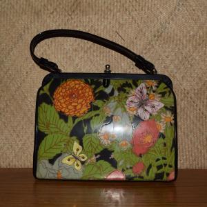 1950_s_black_with_flowers_handbagcu1