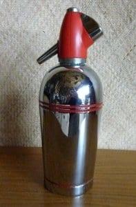 1950_s_red_&_chrome_soda_syphoncu4
