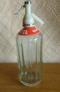 1960_s_glass_soda_syphoncu1