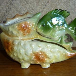 1960_s_lustreware_green_fish_planter