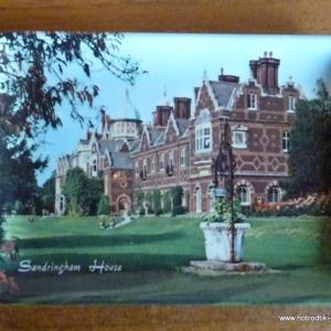1960_s_sandringham_palace_souvenir_plate