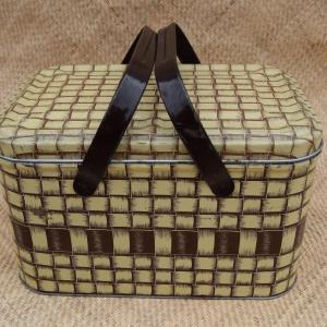1960_s_wicker_effect_picnic_basket_tin