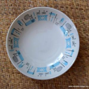 1950_s_blue_heaven_by_royal_china_dinnerware