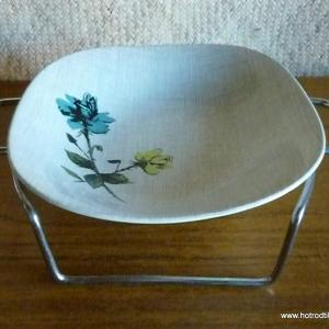 1950_s_bowl_and_stand