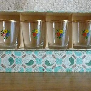 1950_s_set_of_6_shot_glasses_with_flowers