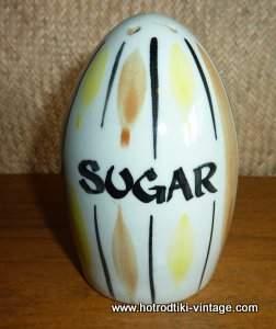 1950s_sugar_shaker_cu1