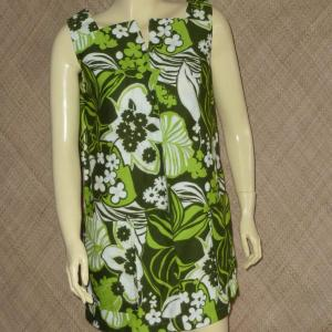 1960_s_green_hawaiian_dress_top