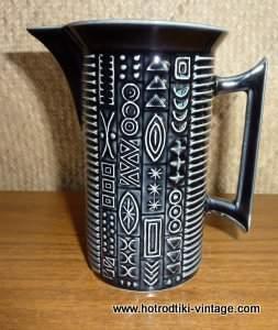 1960_s_portmeirion_cypher_design_milk_jugcu2