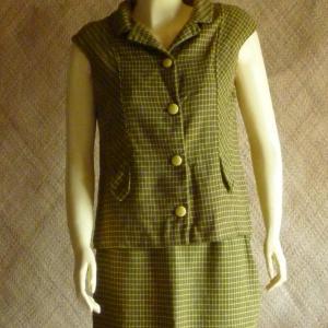 1960_s_skirt_&_waistcoat_suit
