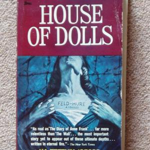 1962_house_of_dolls_paperback