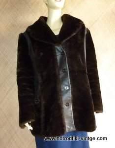 1970_s_ladies_brown_faux_fur_coatcu1