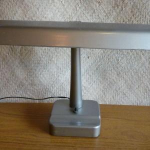 vintage_american_metal_desk_lamp