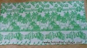 vintage_fiji_green_&_white_tableclothcu1