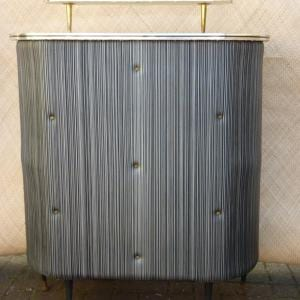1950_s_padded_portable_bar