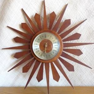 vintage_spectrum_sunburst_wall_clock