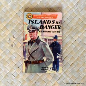 1959 Islands in Danger by Alan Wood Paperback 1