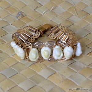 1950's Vintage Ladies Cowie Shells & Metal Bracelet 2
