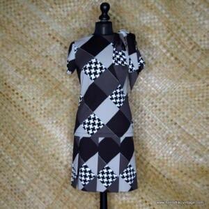 1960's Ladie Polyester Brown & Beige Jospeh Magnin Dress 1